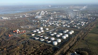 Stanlow Oil Refinery - Image: Shutterstock