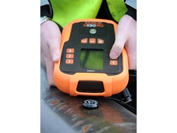 UT5000 Intrinsically Safe Thickness Gauge