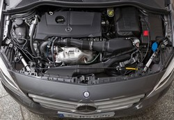 Daimler engineers simulated an a/c leak by spraying a mist of refrigerant and compressor oil across the running engine of a Mercedes B-Class tourer, which caused an explosion